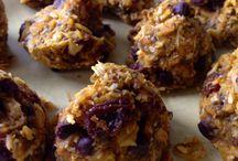 Healthy Homemade Bites and Bars / by Kelly McNabb