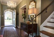 Entrez Vous / Design Inspiration for Entryways