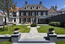 Klassieke woningen / Een woning met een bepaalde grandeur en uitgevoerd in een duidelijke herkenbare architectuur - Meer over onze bouwstijlen op http://www.z-wonen.nl/bouwstijlen