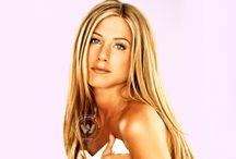 Jennifer Aniston bags 'Cake'