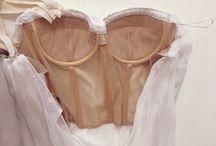 gown pola