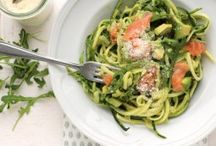 courgette spaghetti met zalm