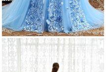 sukienki i stroje