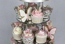 Wow wedding cackes