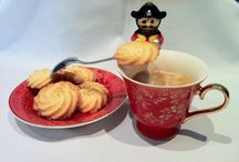 Danish butter cookies / https://www.facebook.com/OanasCakes/posts/410119522466287