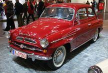 Skoda / シュコダ・オート(Škoda auto a.s.)は、チェコの自動車メーカー。本社は中央ボヘミア州のムラダー・ボレスラフ(Mladá Boleslav)。現在はドイツ・VWの子会社で、チェコ国内自動車生産のシェア1位を占める。