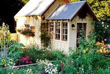 Lovely Potting Sheds / great ideas and inspiration for potting sheds, outdoor building, storage building, DIY garden shed