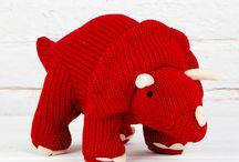 Knitting/crocheting / by Stephanie Russell