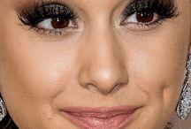 make up Ariana
