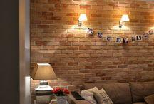 Bontott tégla falak