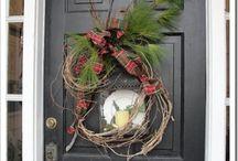 DIY Wreaths / by Hilary Underwood