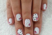 Nails / Beautiful nails with no many paintings!!❤️