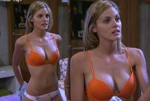 Amaia Salamanca Breast Size after Plastic Surgery and Breast Implant