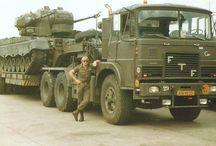tanks en pantser  voertuigen