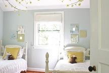 Kids/Guest Bedroom / by Kris Allbright