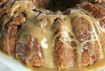 Bundt/Pound Cakes / by Sue Wesson