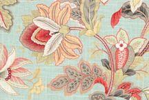 BOTANICAL / FLOWER AND LEAVES BOTANICALS