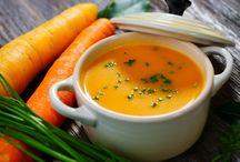 Soupes chaudes / De délicieuses soupes pour un maximum de réconfort --> --> http://blog.fitnext.com/recettes-minceur