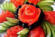 Nydelig pynt med frukt/ grønnsaker.