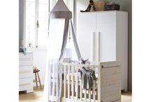De mooiste babykamertjes.... / Babykamer kasten, commodes, ledikanten, wiegjes enzovoorts...