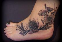 tatouage cheville et pied / tatouage sur cheville et pied