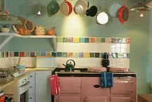 Kitchen / by Holly Woosey