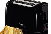 Toaster / Der perfekte Start in den Tag: Ein krosser, knuspriger Toast!