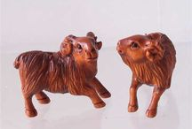 Animal Beads > Other Animals / Hand carved natural gemstone, boxwood and bone beads.