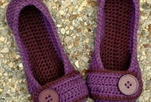 slippers met button