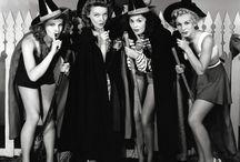 +Vintage Halloween Gals+ / Bezaubernd gruselige Pin-ups, Hexen, Wahrsagerinnen, Vampirfräulein, Katzenfrauen, Monsterbräute, Geisterwesen, Teufelinnen, Fledermausladies, Kürbismädels, Spinnenfrauen...