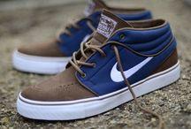 靴 / 靴