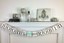 Wedding Signs / Chalk board, handy DIY or professional signs ... the options are endless.