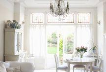Plastered Ceilings & Chandeliers