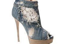 Hmmm...shoes! / I love heels!