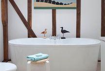 Bathrooms / μπανια
