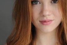 Beautiful natural redheads / Y