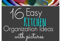 Organizing kitchen / Ideas for keeping our kitchen organized!