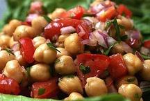 healthy food / by Leslie Rehlaender