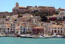 Mejores zonas para ir de compras en #Ibiza / De compras por el puerto de Ibiza y #SantaElulària, La #modaibicenca, un estilo más,  http://gentecosmo.com/2015/02/22/las-mejores-zonas-para-ir-de-compras-en-ibiza/