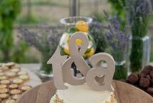 Wedding Details / There's not a single detail to be missed. From top to bottom, we LOVE the details! Heartsfoto.com