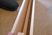Planken aan muur