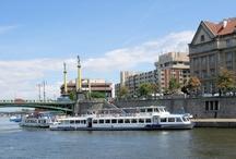 World Boat cruises