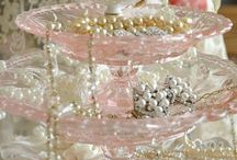 Light pink and gold wedding