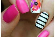 Fucsia Nails Inspirations/ Manicure w kolorze fuksji/ Fuksja na paznokciach hybrydowych