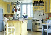 Better Homes & Gardens Dream Home / by Amanda Crawford
