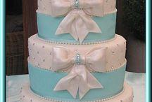wedding cake / by Madison Sievers
