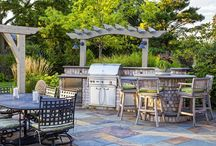 OUTDOOR GRILLING / GRILLING LAYOUTS TO ENTERTAIN THE WHOLE NEIGHBORHOOD!