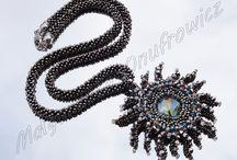 Biżuteria z koralików , beadwork / Biżuteria mojego autorstwa połączenie kamieni , szkła i małych koralików
