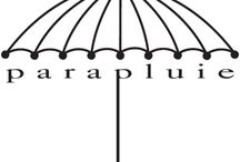 Umbrella in black and white / parapluies en noir et blanc