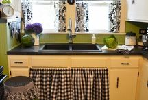 Kitchen Ideas / by Carie Snowbarger